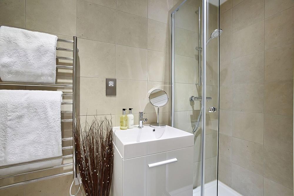 Bathroom at The Hawkins Tower Apartments, Ocean Village, Southampton - Citybase Apartments