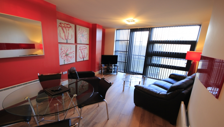 Comfortable living area in Friarsgate Apartments - Citybase Apartments