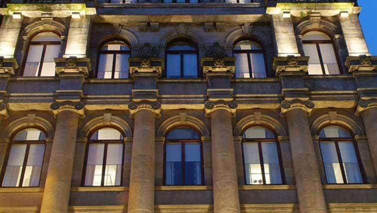 Exterior of Premier Suites Plus Glasgow - Citybase Apartments