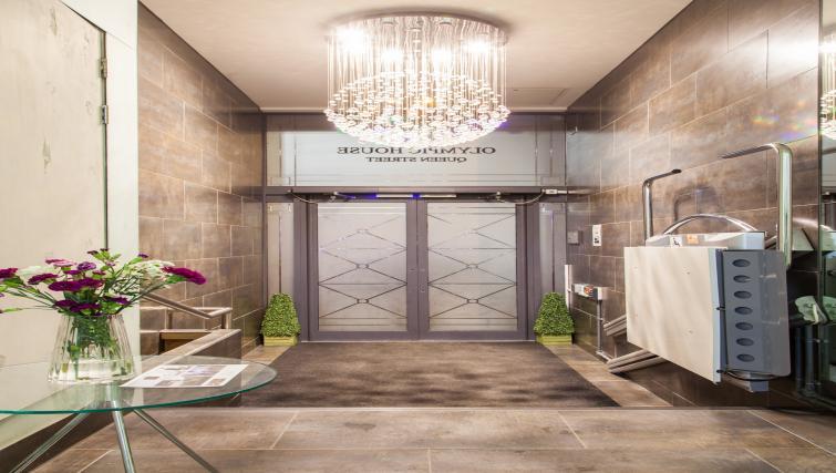 Entrance at Premier Suites Plus Glasgow - Citybase Apartments