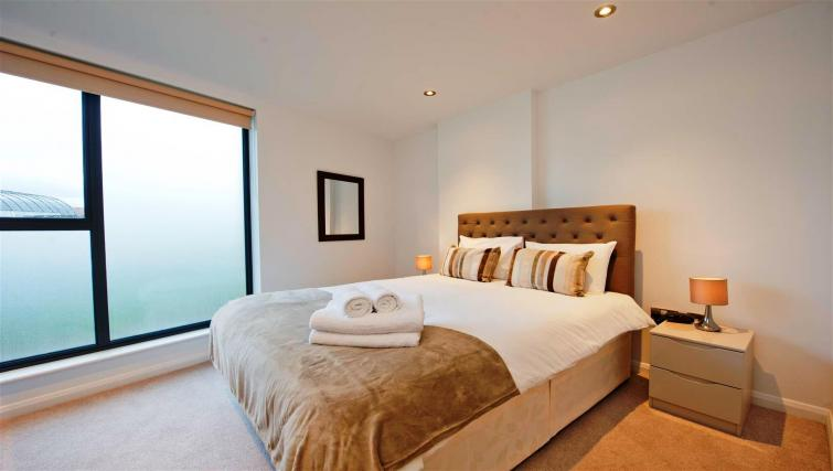 Bedroom at Flying Butler London Bridge Apartments - Citybase Apartments