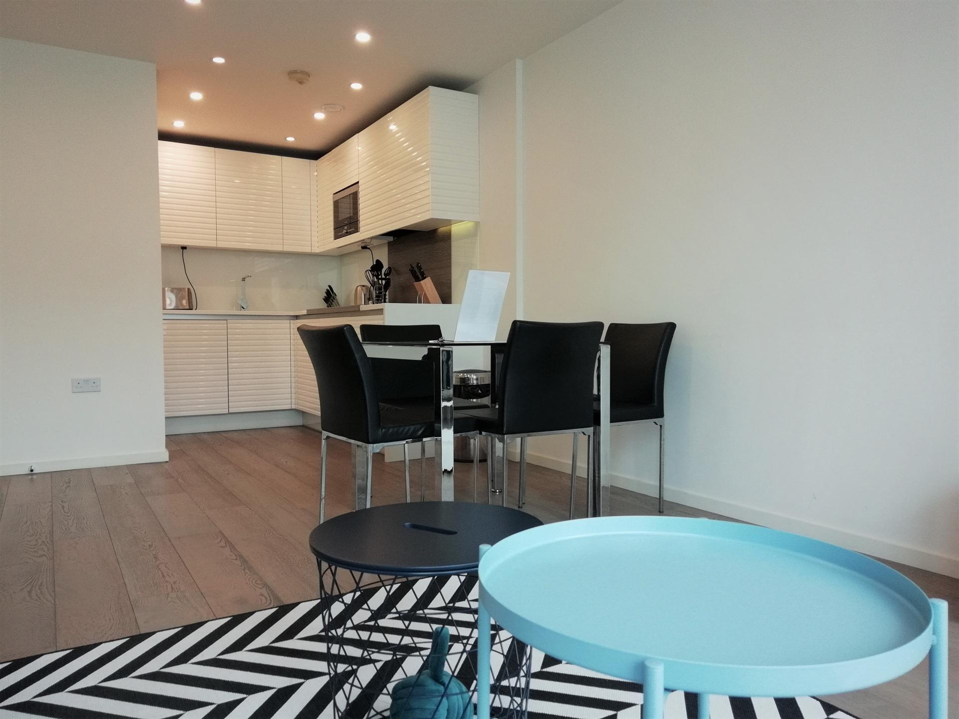 Open plan living at Still Life Clerkenwell Deluxe - Citybase Apartments