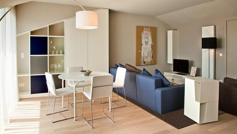 Living area at Four Stars Aparthotel - Citybase Apartments