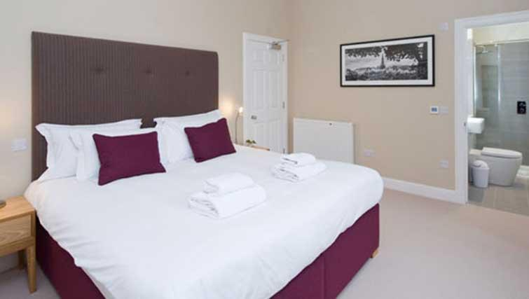 Bed at Princes Street Residence - Citybase Apartments