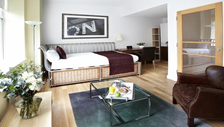 Spacious bedroom at 196 Bishopsgate Apartments - Citybase Apartments