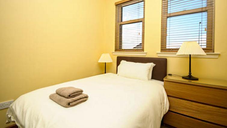 Bedroom at Dumyat Apartment - Citybase Apartments