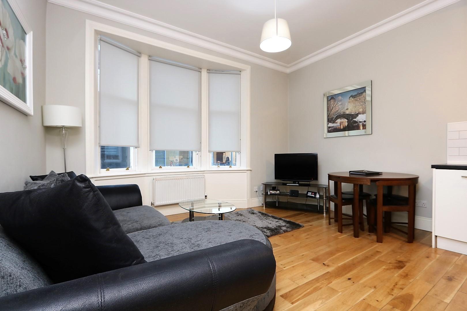 Wooden floors at Saint Vincent Street Apartments, Centre, Glasgow - Citybase Apartments
