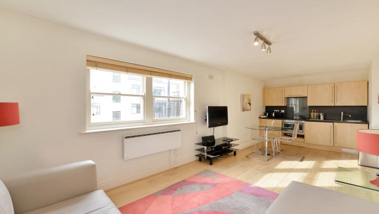Comfortable living room at 43-49 Chiltern Street Apartments - Citybase Apartments