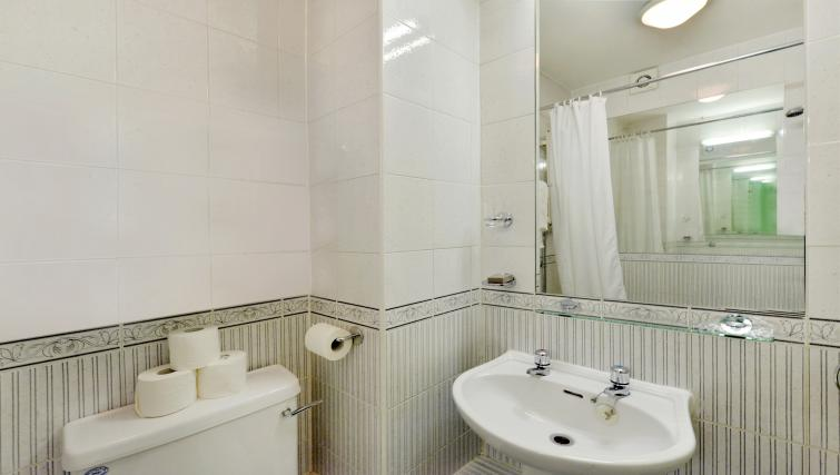 Sink at 43-49 Chiltern Street Apartments - Citybase Apartments