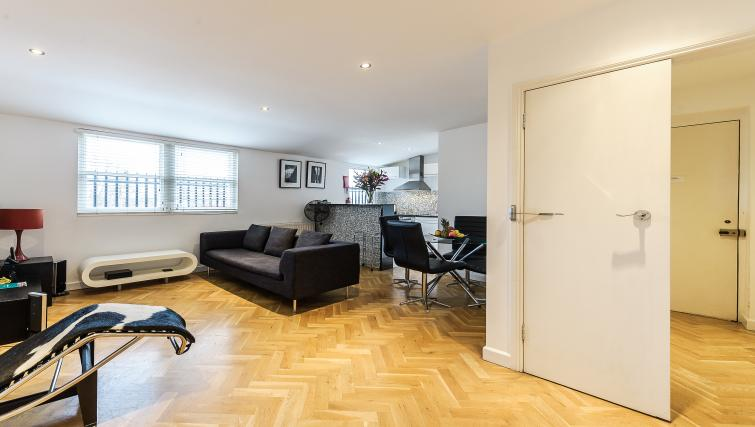 Living room at 43-49 Chiltern Street Apartments - Citybase Apartments