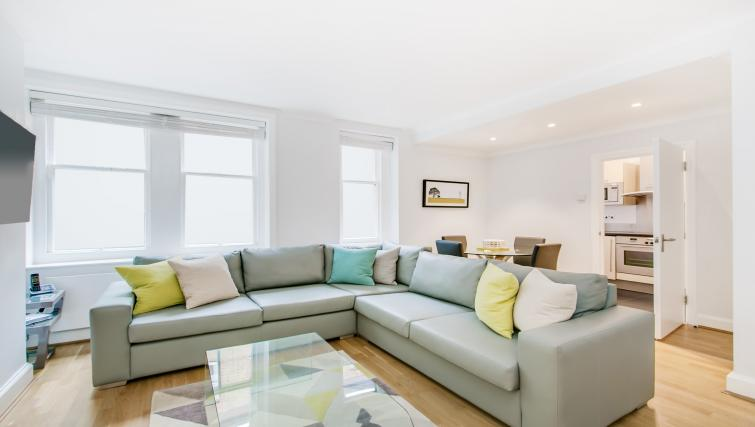 Stylish living area at 43-49 Chiltern Street Apartments - Citybase Apartments