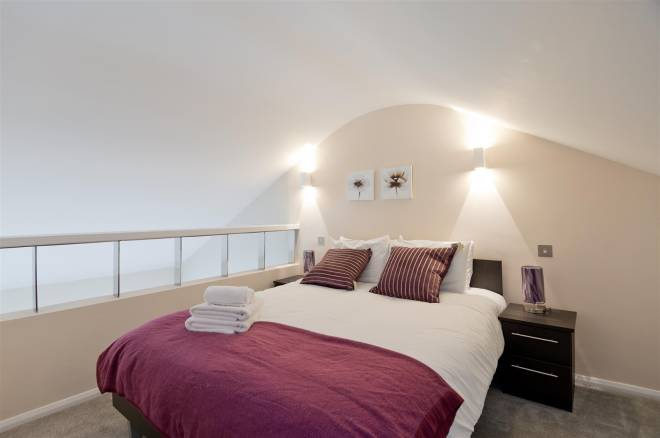 Double bed at Flying Butler Vincent Square Apartments - Citybase Apartments