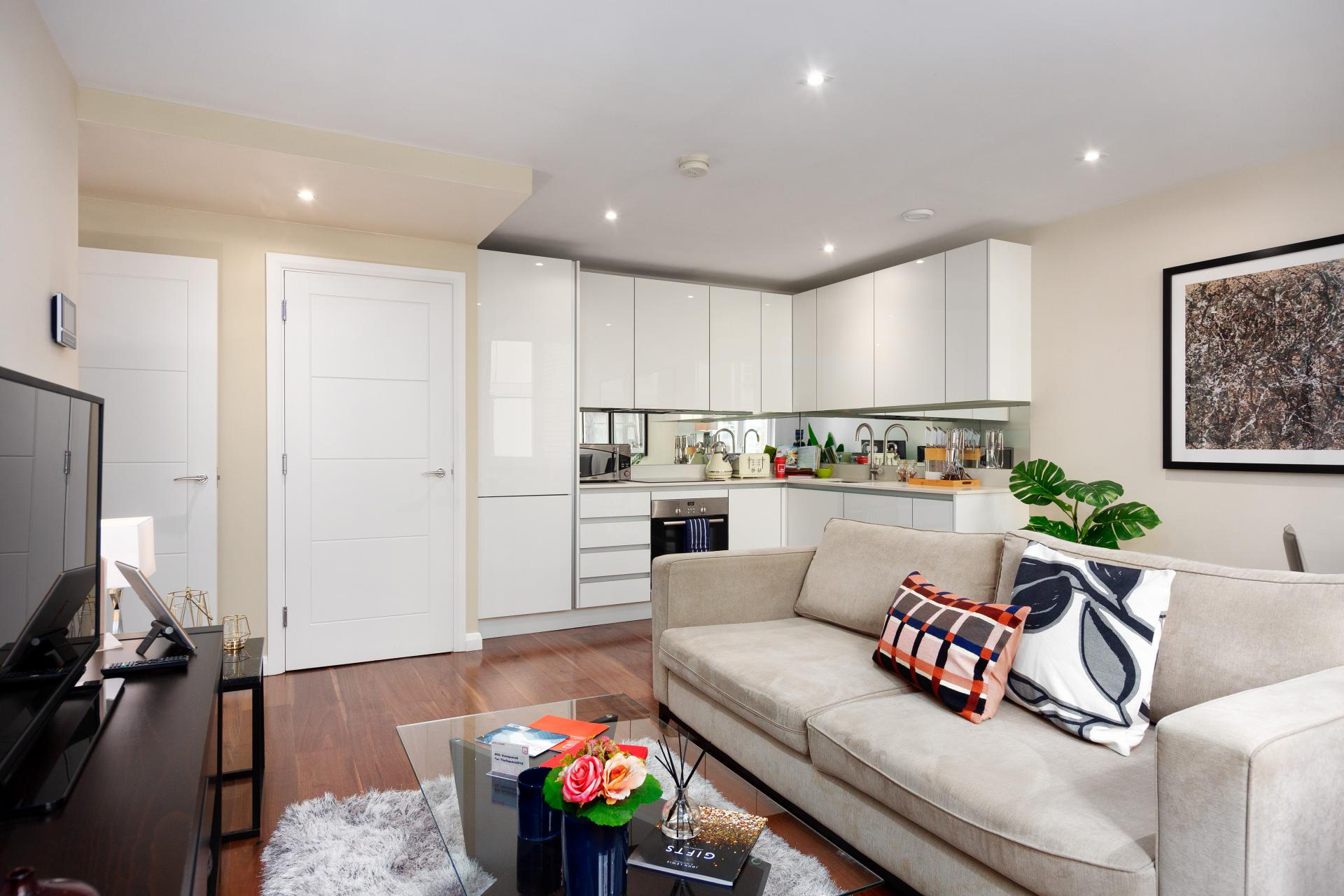 TV at Chancery Lane Apartment, Chancery Lane, London - Citybase Apartments
