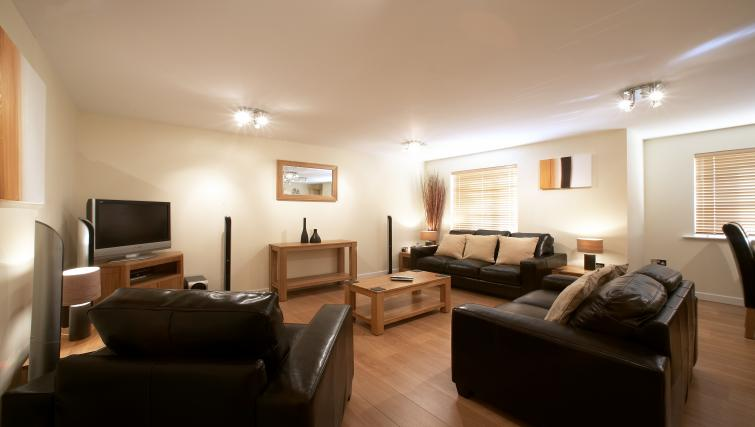 Living area at Southwich House Apartments - Citybase Apartments