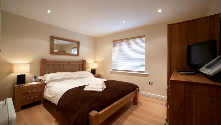 Bedroom at Southwich House Apartments - Citybase Apartments