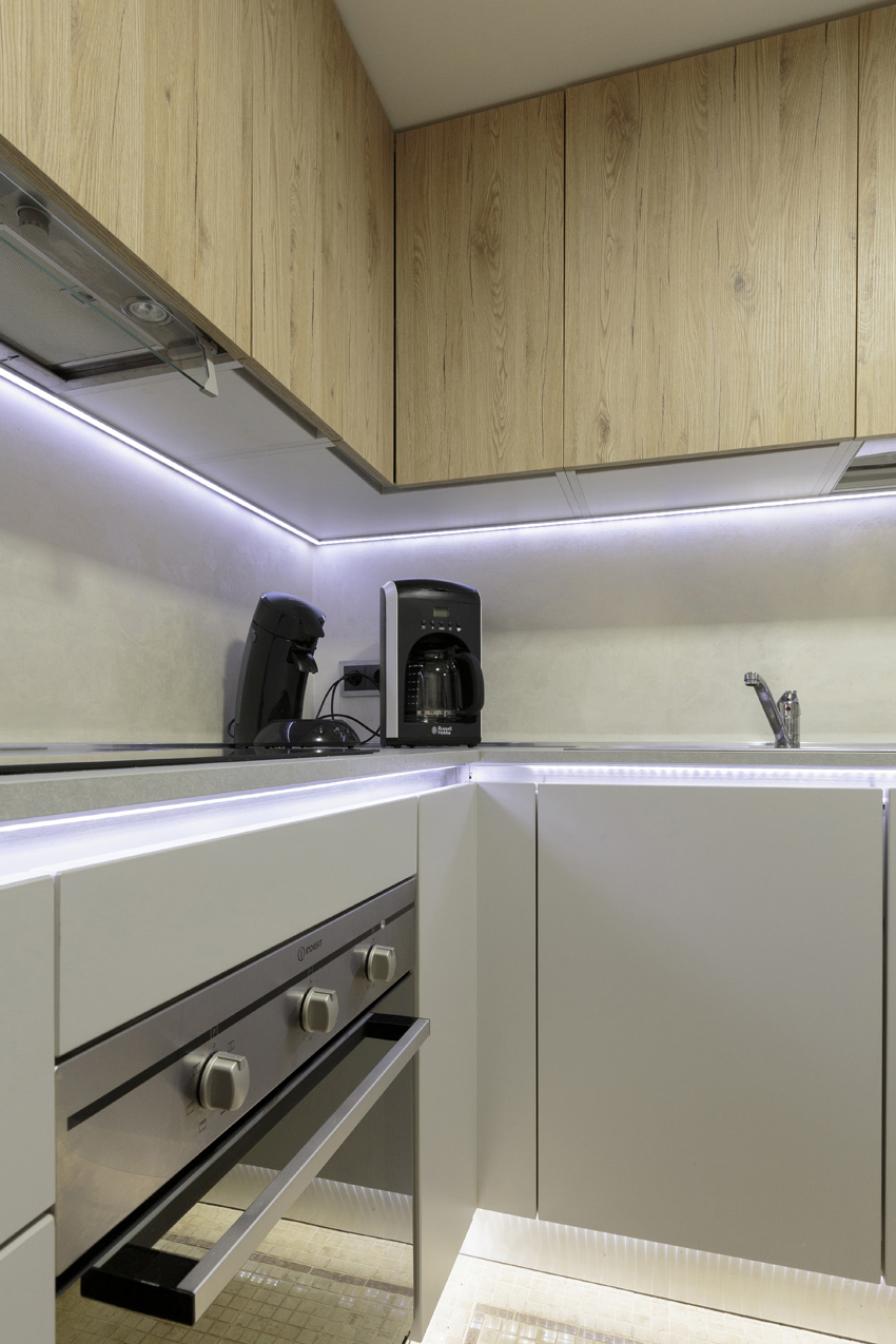 Kitchen facilities at Villa Vinicia Apartments - Citybase Apartments