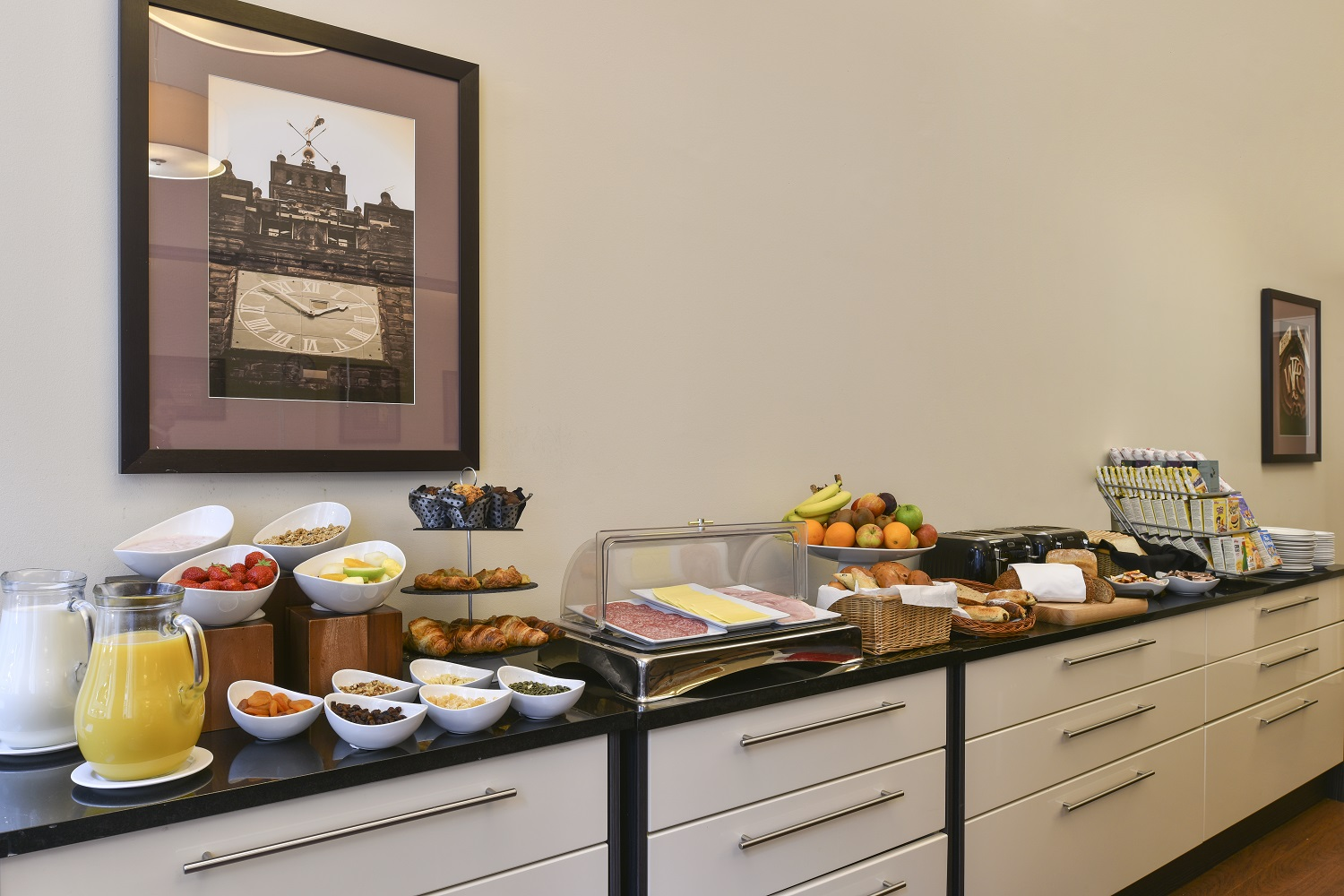 Breakfast bar at Fraser Suites Glasgow - Citybase Apartments