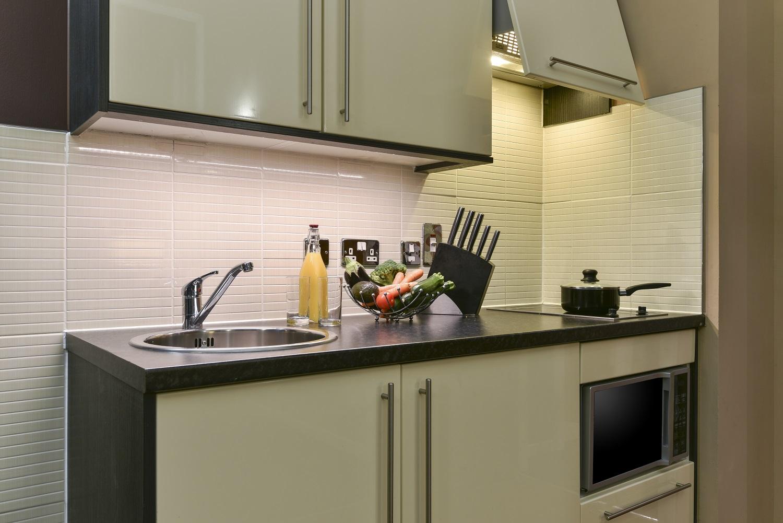 Kitchen at Fraser Suites Glasgow - Citybase Apartments