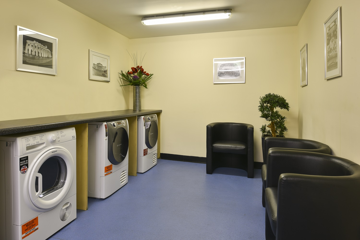 Laundry room at Fraser Suites Glasgow - Citybase Apartments