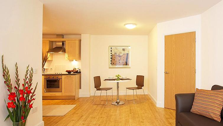 Living area in SACO Farnborough - Reading Road - Citybase Apartments