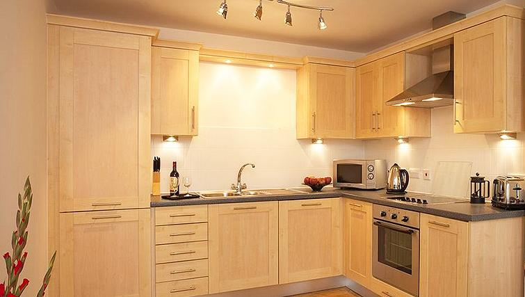 Premium kitchen in SACO Farnborough - Reading Road - Citybase Apartments