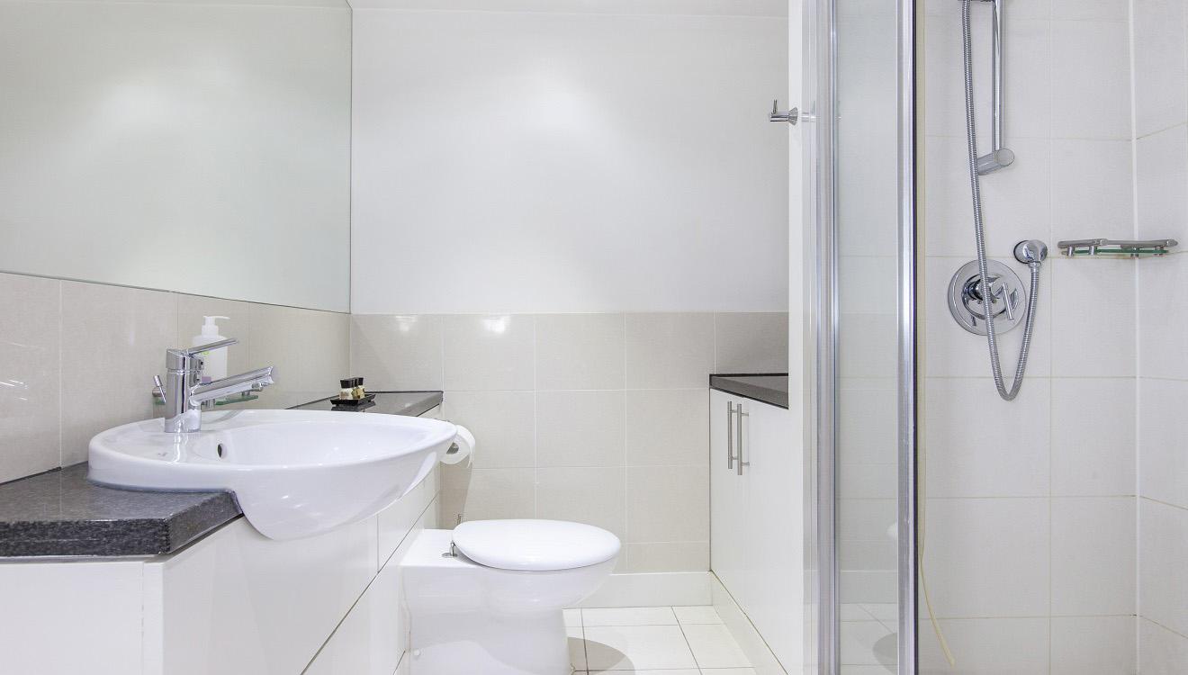 Bathroom at Mandela Camden Apartment - Citybase Apartments