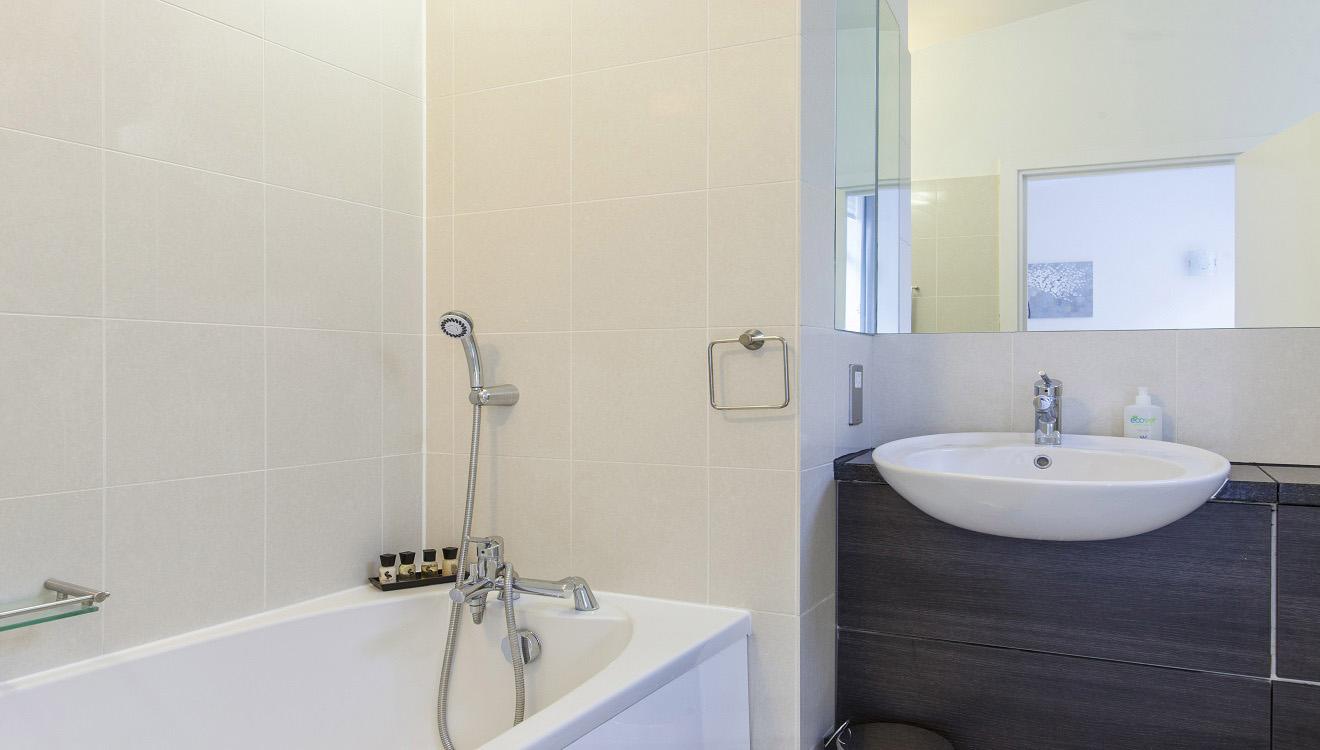 Bath at Mandela Camden Apartment - Citybase Apartments