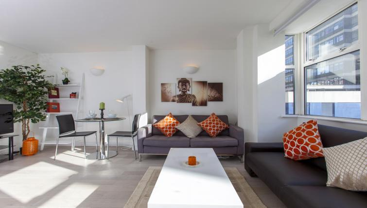 Bright living area at Piccadilly Apartments - Citybase Apartments