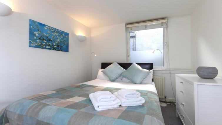 Double bedroom at Piccadilly Apartments - Citybase Apartments