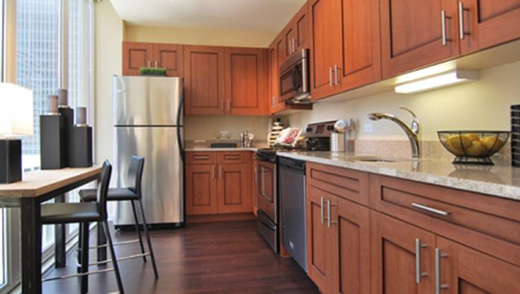 Fully equipped kitchen at West Washington Street Apartments - Citybase Apartments
