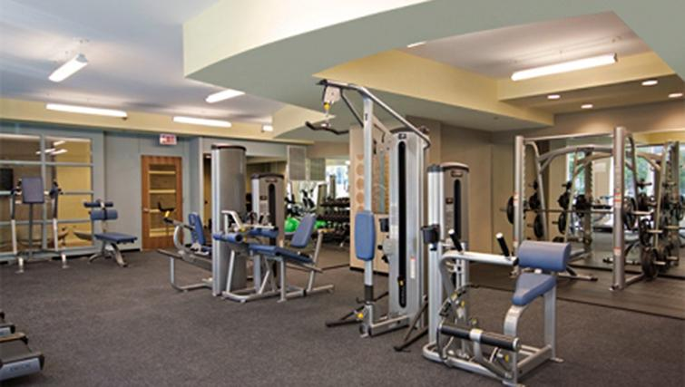 Fitness centre at West Washington Street Apartments - Citybase Apartments