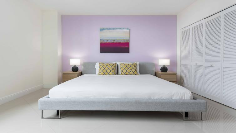 Bedroom at Dharma Home Suites Brickell - Citybase Apartments