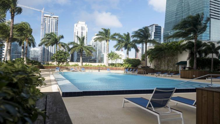 Swimming pool at Dharma Home Suites Brickell - Citybase Apartments