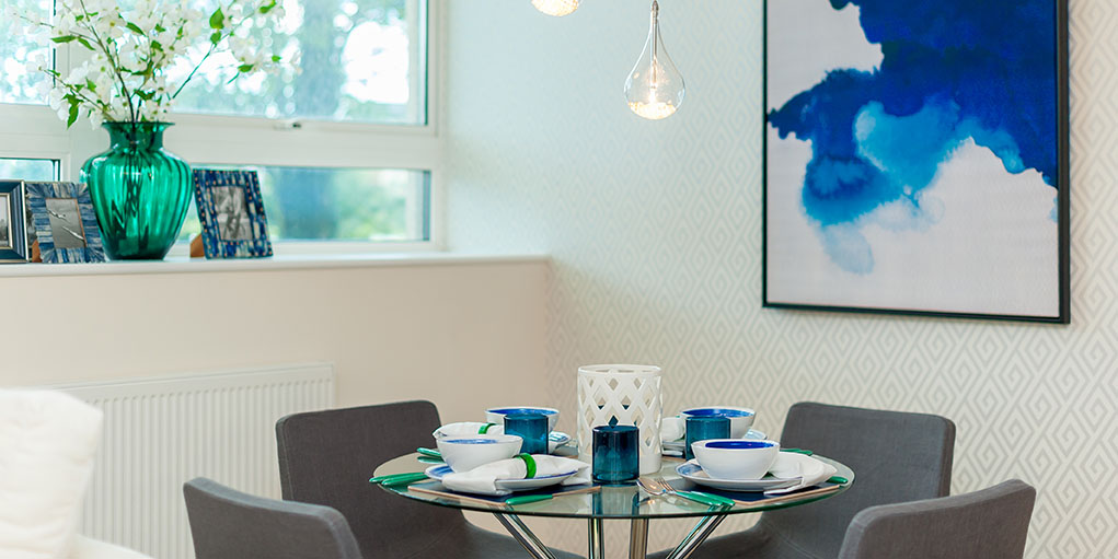 Dining table at Skyline House Apartments - Citybase Apartments