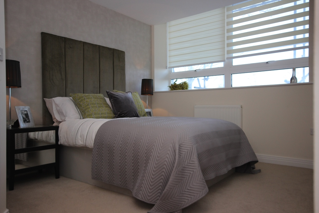 Double bed at Skyline House Apartments - Citybase Apartments