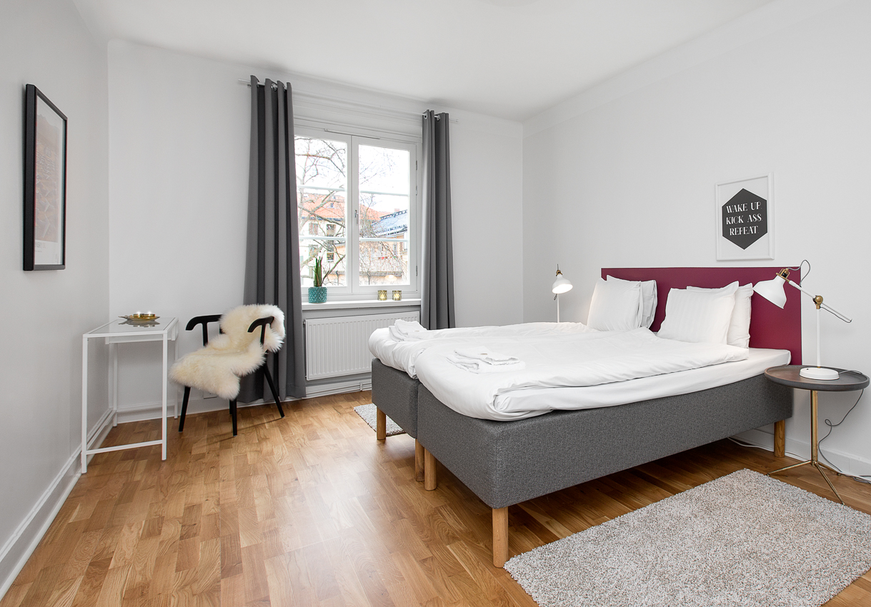 Spacious bedroom at Renstiernas Gata Apartments - Citybase Apartments