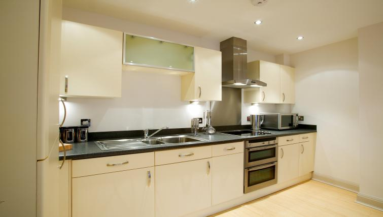 Equipped kitchen at Pelican House - Citybase Apartments