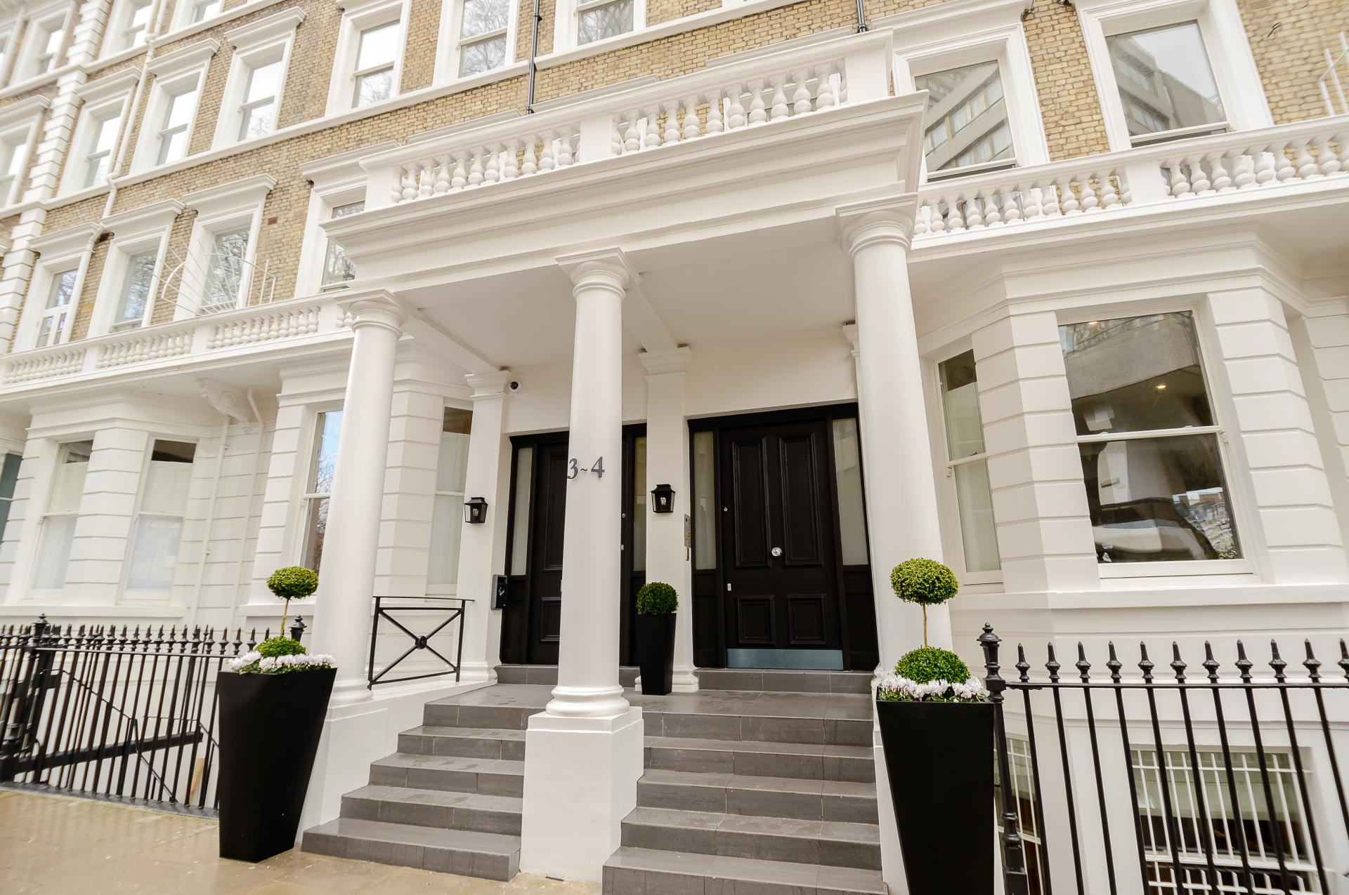 Outside at LAK Serviced Apartments, Gloucester Road, London - Citybase Apartments