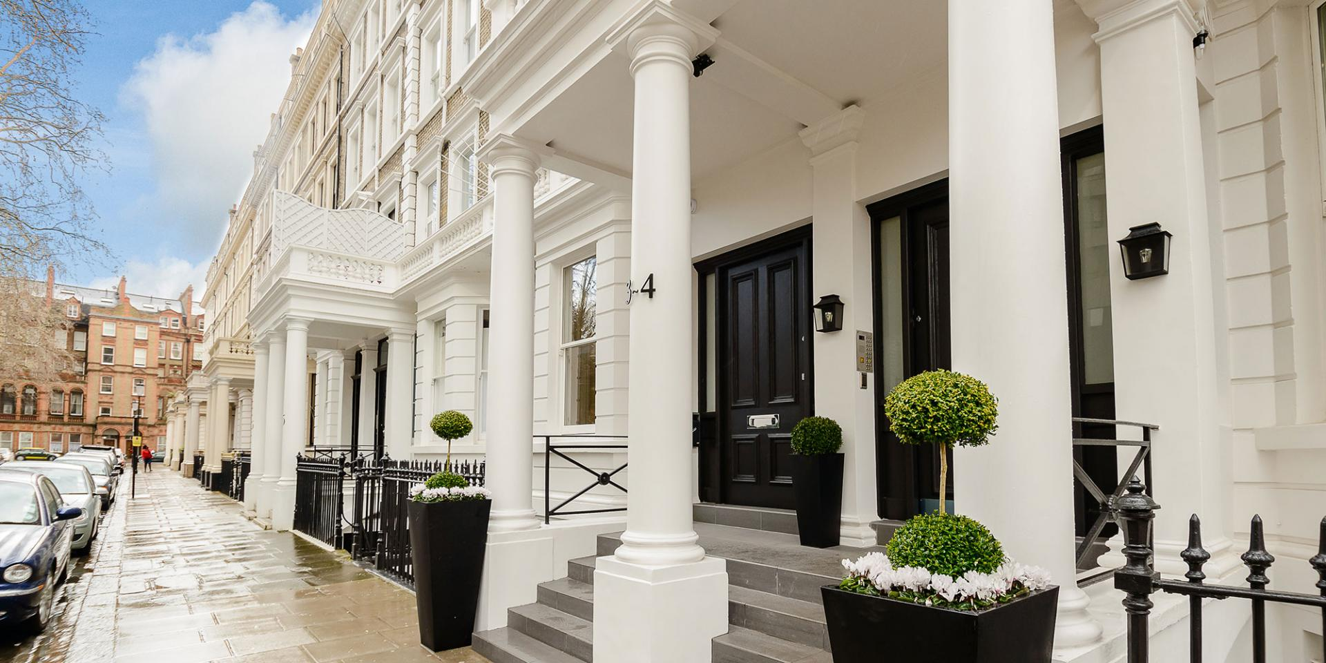 Pavement at LAK Serviced Apartments, Gloucester Road, London - Citybase Apartments
