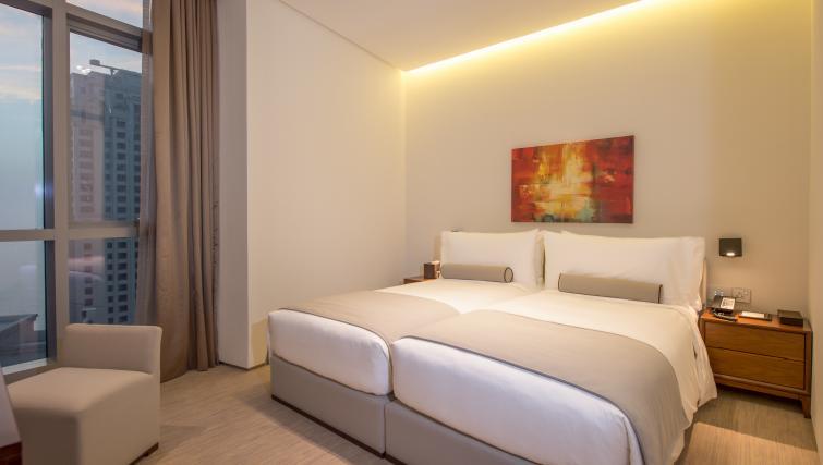 Double bed at InterContinental Dubai Marina - Citybase Apartments