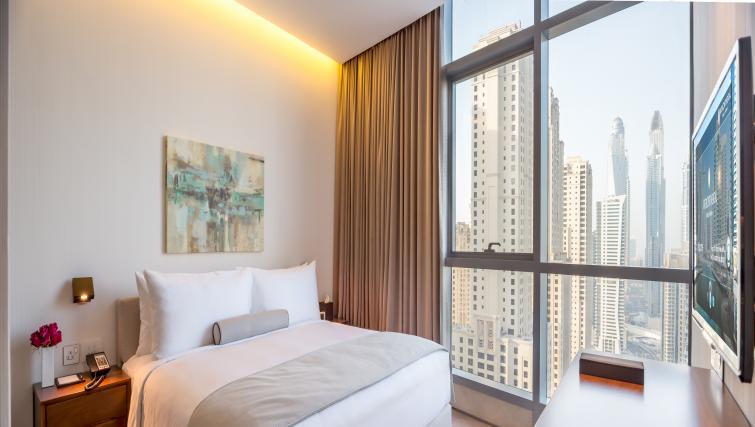 Bright bedroom at InterContinental Dubai Marina - Citybase Apartments