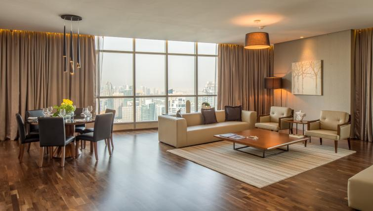 Spacious lounge at InterContinental Dubai Marina - Citybase Apartments