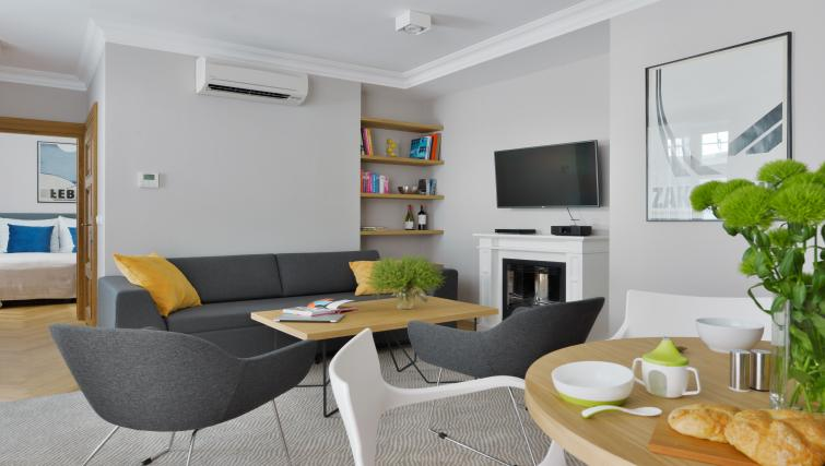 Living/dining area at Stradonia Serviced Apartments - Citybase Apartments
