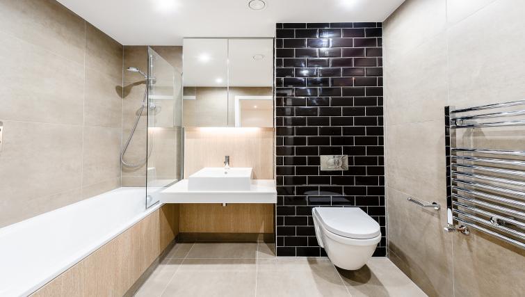 WC at Wembley Apartments - Citybase Apartments