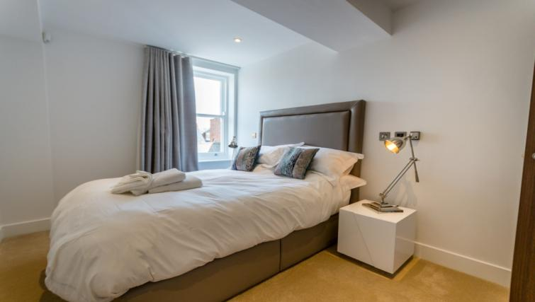 Double bedroom at Castle Chambers Apartments - Citybase Apartments