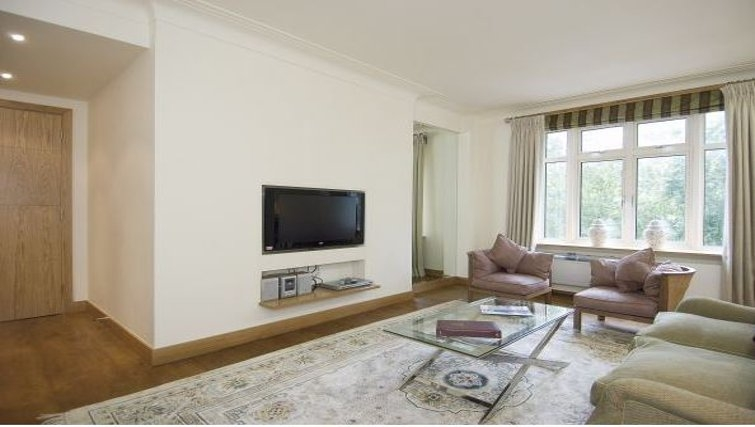 Living area in Hyde Park Residence - Citybase Apartments