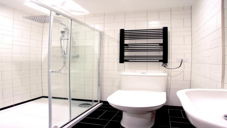 Shower at Golden Square Apartments - Citybase Apartments