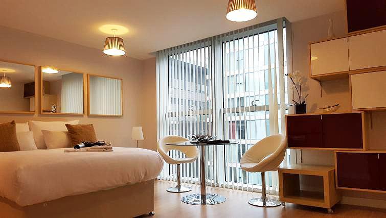 Well-lit studio apartment at The Hub Milton Keynes Apartments - Citybase Apartments