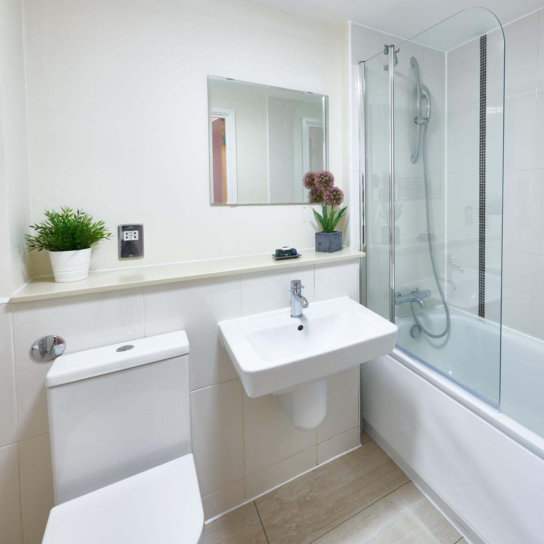Modern bathroom at The Hub Milton Keynes Apartments, Centre, Milton Keynes - Citybase Apartments