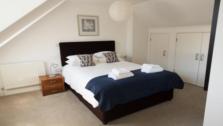 Comfortable bedroom at Nelson Court Apartments - Citybase Apartments